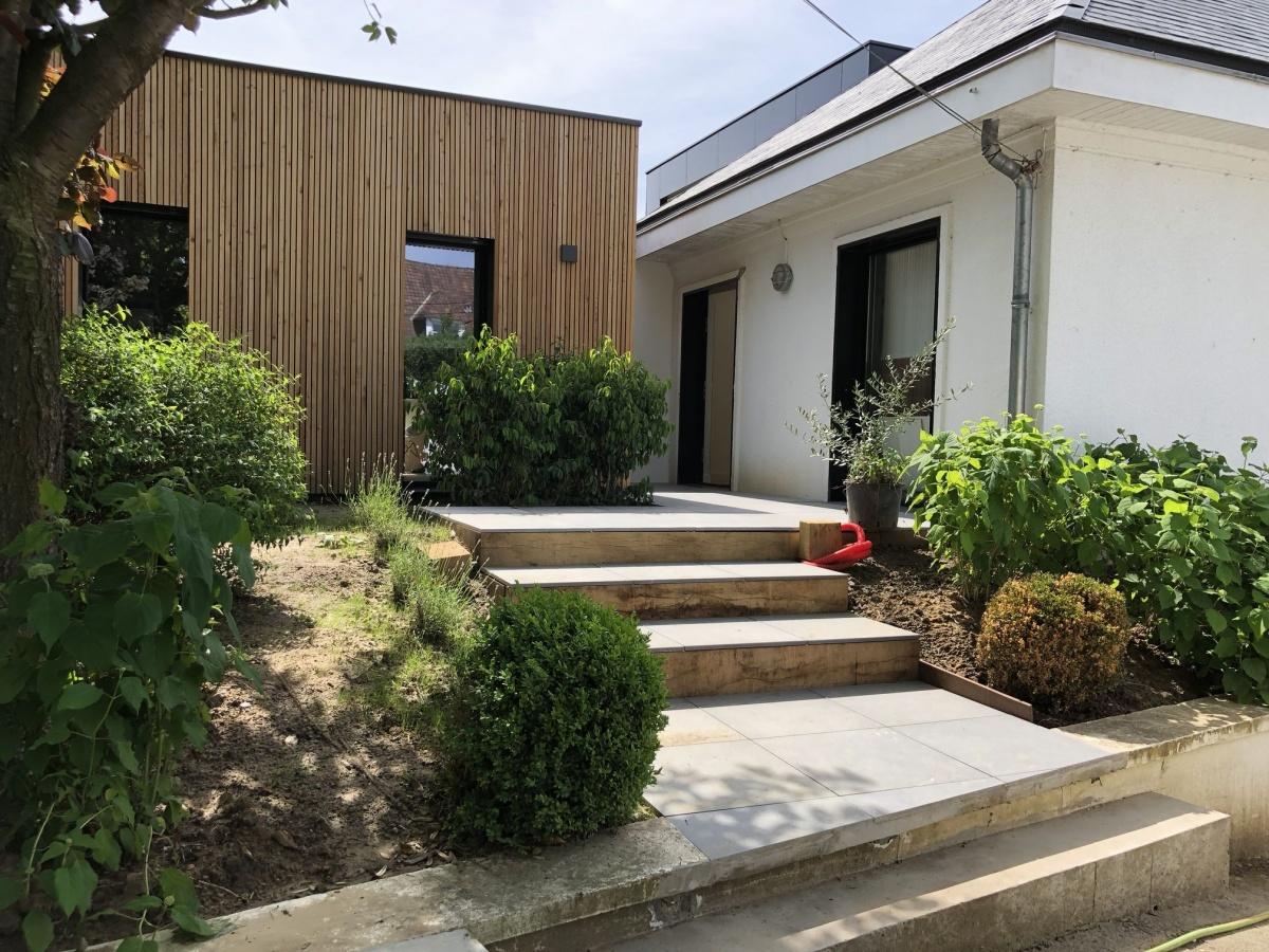 Double extension bois d'une maison à Hem