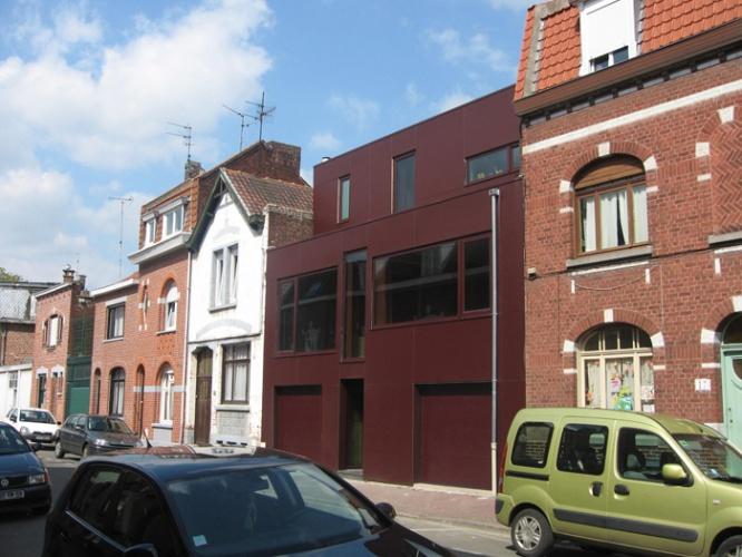 Maison de ville + atelier d'artiste (59)