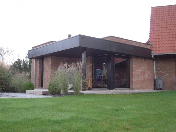 Extension Maison Contemporaine : espace ouvert sur le jardin